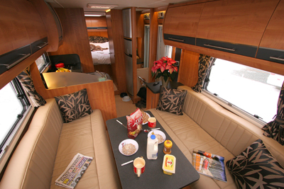 Auto-Trail Comanche lounge/dining area