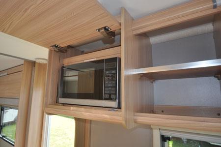 coachman amara microwave