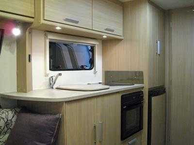 Lunar-Venus-380/2-spacious-kitchen-area