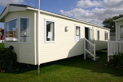 Pemberton's-Avon-Lodge-Exterior
