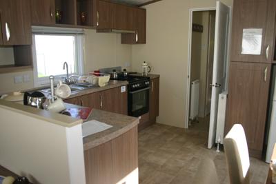 Avon-Lodge-Kitchen-Area