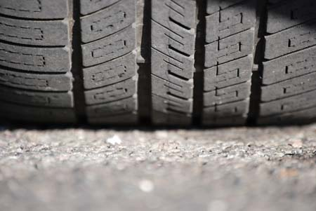 Should new caravans & motorhomes come with tyre pressure systems?