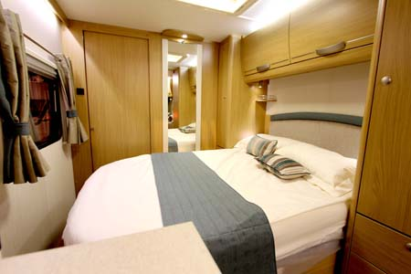 Elddis Compass Rallye 554 Bedroom
