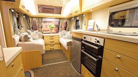 Elddis Compass Rallye 554 Forward view