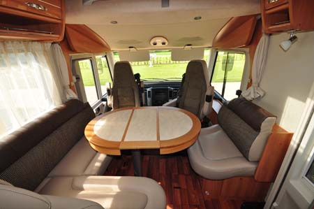 Hymer Starline Lounge