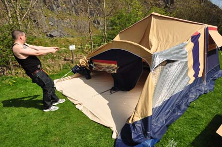 Trigano Galleon Camper set up 4
