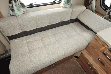 Swift Challenger Sport 514 Seating