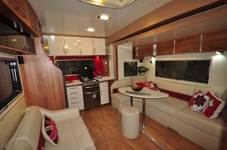 Fifth Wheel Celtic Rambler Lounge