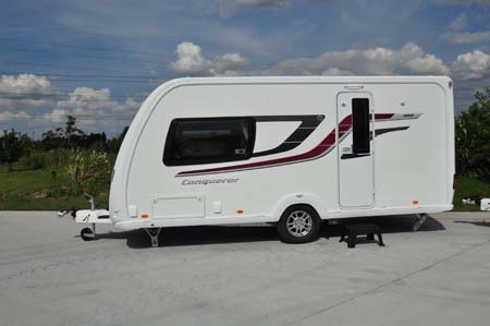 Swift Conqueror 480 Exterior 1