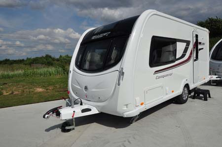 Swift Conqueror 480 Exterior 2
