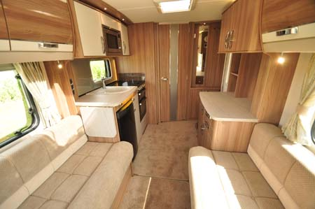 Swift Conqueror 480 Interior Looking Forward