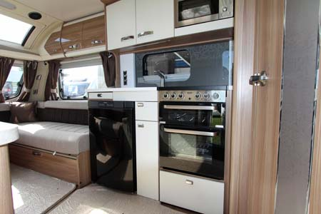 Swift Elegance 480 Kitchen