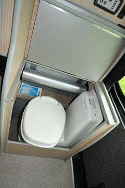 Leisuredrive Vivante Hi Line Toilet