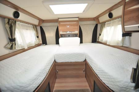 Swift Kon-Tiki 635 Beds