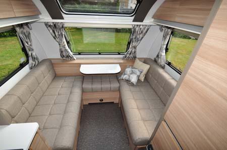 Adria Altea Eden 472DS Lounge