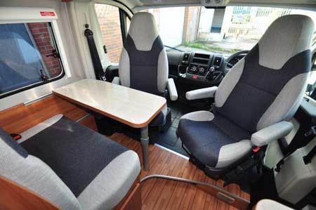 Weinsberg Carabus 541 MQ Seating 1