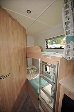 Elddis Xplore 586 bunk beds