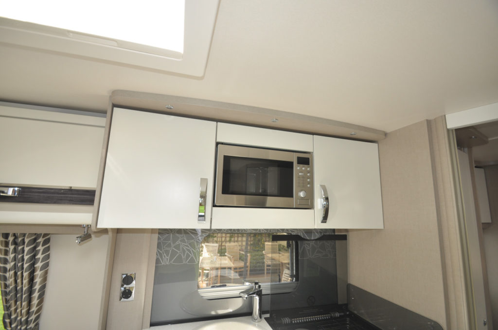 Sterling Eccles 635 Microwave