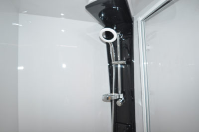 Compass Camino 660 Shower