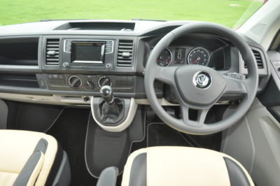 Autohaus Camelot cab