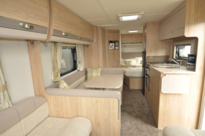 Elddis Avante 840 interior