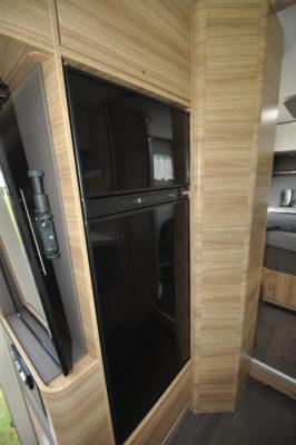 Adria Sonic Supreme 710SBC fridge