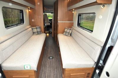 Auto Trail V-Line SE 636 lounge
