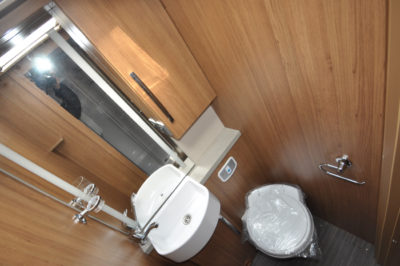 AutoTrail Serrano Washroom