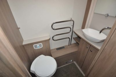 Elddis Compass Capiro 550 WC