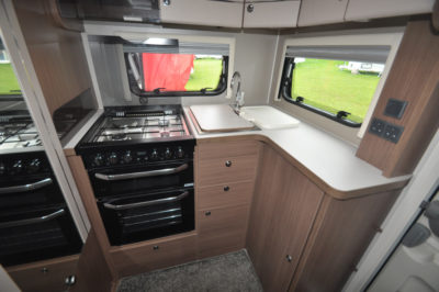 Elddis Affinity 462 kitchen