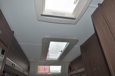 Elddis Affinity 462 skylights