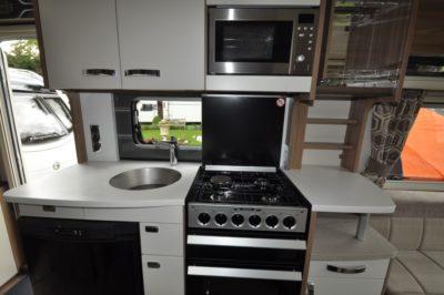 Swift Elegance 530 Kitchen