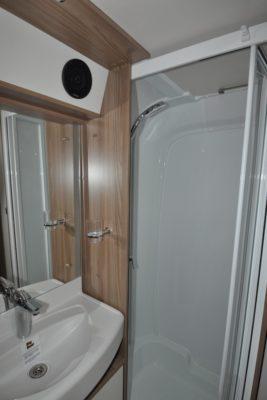 Swift Elegance 530 Shower