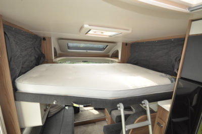 Swift Escape 604 Overcab bedSwift Escape 604 Overcab bed